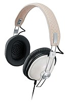 Panasonic old school monitor stereo headphone with Single Sided cord and 40mm large diameter drive units.